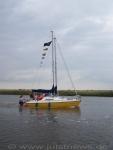 Bild 2 von Fünfzehn Boote und ein Wohnmobil gingen zum Absegeln nach Greetsiel