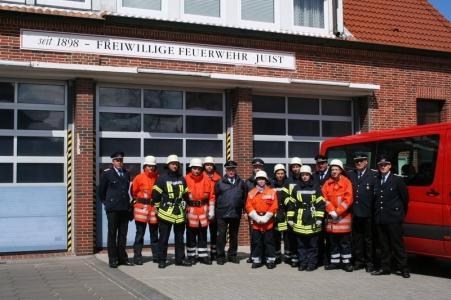 Bild 0 von Acht zukünftige Brandschützer legten erfolgreiche Prüfung ab