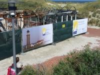 Bild 0 von Juist-Stiftung bietet Sichtschutz auf Brandruine