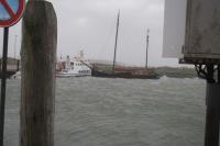 Bild 2 von Ausflugsschiff