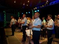 Bild 1 von Luftwaffenmusikkorps begeisterte Zuhörer mit schmissiger Blasmusik