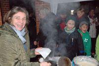 Bild 4 von Viel Besuch auf dem Weihnachtsmarkt des Juister Kunsthandwerks