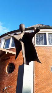 Bild 0 von Schutzengelstatue für die Schutzengelkirche