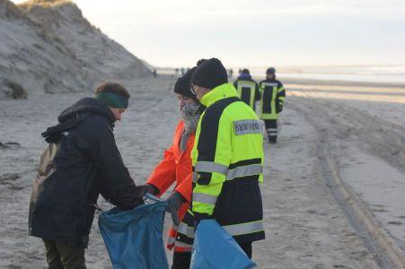 Bild 0 von Erneute Anlandungen von Strandgut auf  Borkum