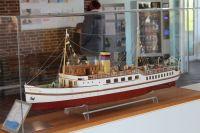 """Bild 0 von Alte """"Frisia X"""" jetzt wieder als Blickfang im Hafenbetriebsgebäude"""