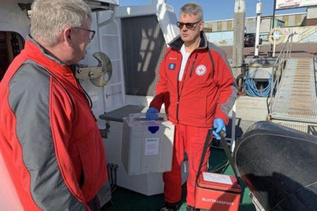 Bild 0 von Norderneyer Seenotretter transportieren medizinische Proben