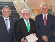Bild 0 von Hohe und verdiente Auszeichnung für Dieter Brübach