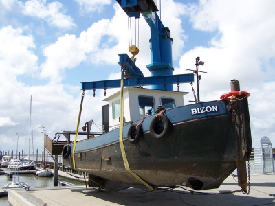 Bild 0 von Schlickräumung im Bootshafen wurde erfolgreich abgeschlossen