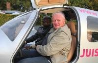 Bild 0 von Pilot nimmt für Hilfsprojekt Kurs auf Ghana