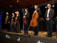 Bild 0 von Erst nach zwei Zugaben durften die Kammerphilharmonie von der Bühne