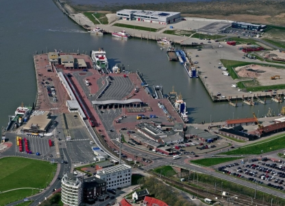 Bild 0 von Norddeich nicht nur Fähr-, sondern auch wichtiger Offshore-Hafen