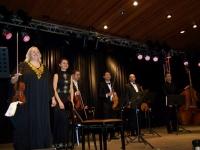 Bild 1 von Junge Violinistin aus der Ukraine begeisterte Juister Publikum