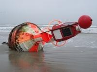 Bild 1 von Osterems-Ansteuerungstonne liegt auf dem Juister Strand