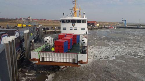 Bild 0 von Juister Hafen ist wieder zum Leben erwacht