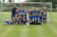 Bild 1 von TSV-Jugendfußballer besuchten TuS-Kicker von Norderney