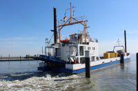 Bild 0 von Heute fuhr nur ein Frachtschiff nach Juist