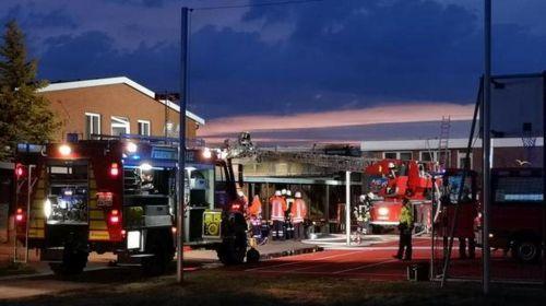 Bild 0 von Feuer bei der Jugendbildungsstätte ließ Dach einstürzen