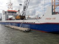 Bild 0 von Rammarbeiten für Anlegesteg des Frisia-Inselexpress haben begonnen