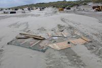 Bild 1 von Windhose über Juist richtete großen Schaden am Strand an