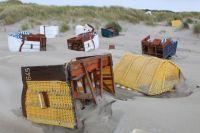 Bild 3 von Weitere Fotos von der Windhose am Juister Strand